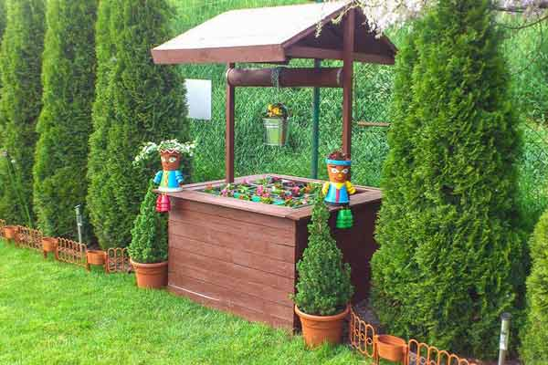 W Krakowie na działce, ogród działkowy, relaks na działce
